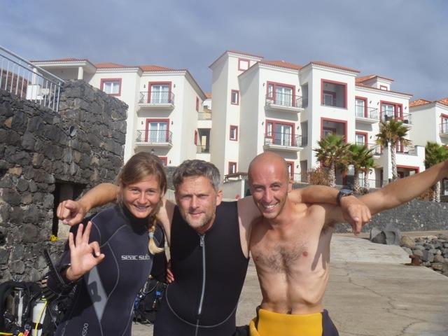 Ester und Marco von Azul Diving auf Madeira, auf zum Tauchen am House Reef