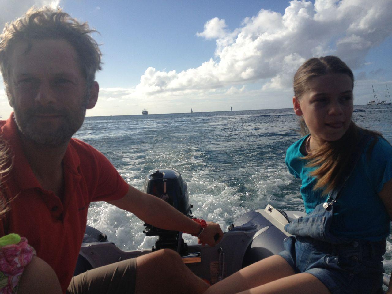 Mit dem Dinghy der hapa na sasa in die Lagune der Rodney Bay