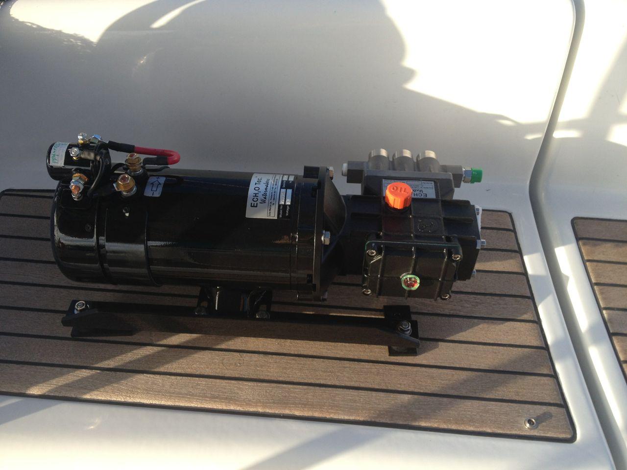 Echotec Watermaker Hochdruckpumpe wird demnächsten den Wassermacher auf der hapa na sasa betreiben