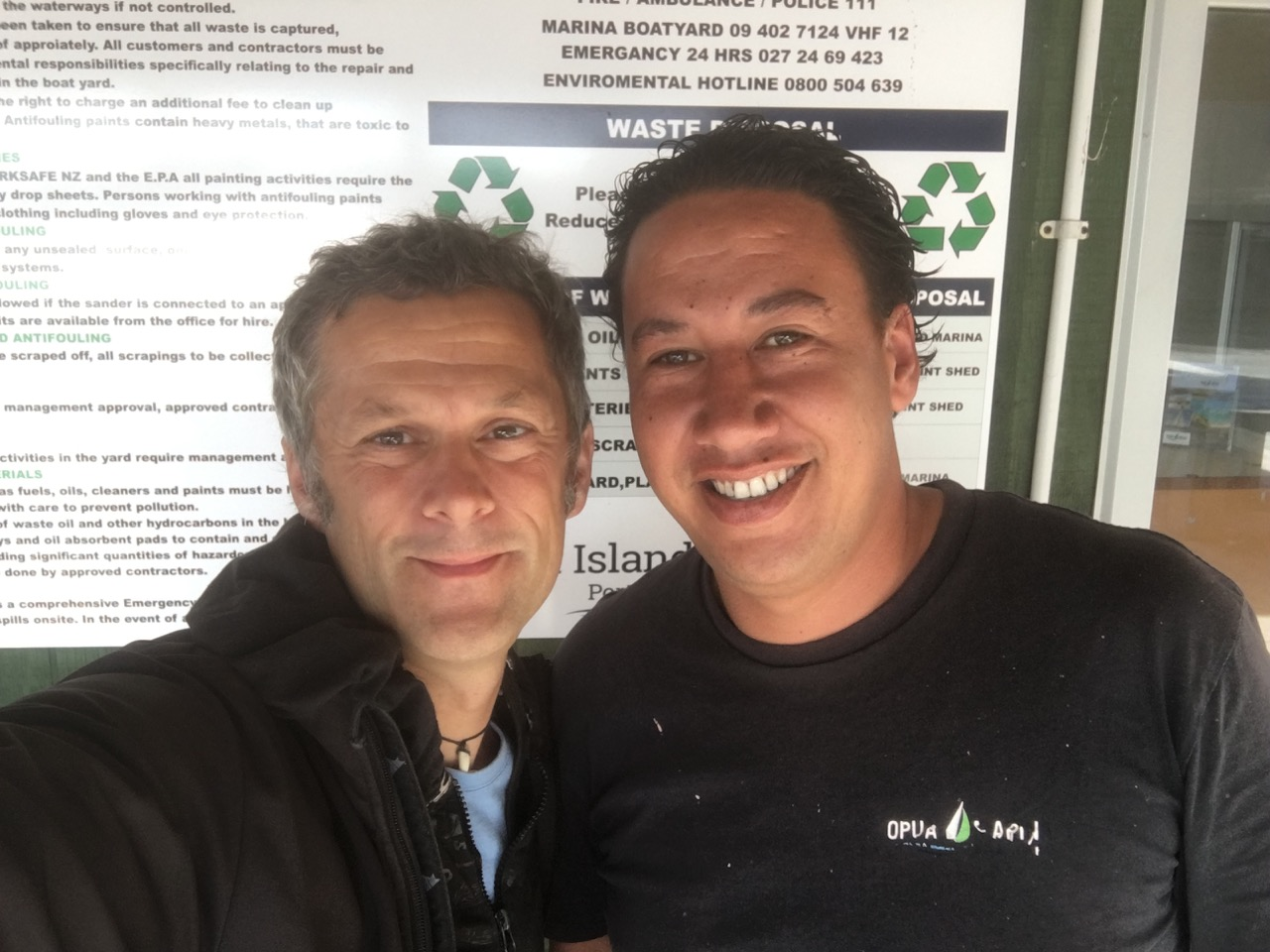 Chad war eine grosse Hilfe beim Haulout in Opua