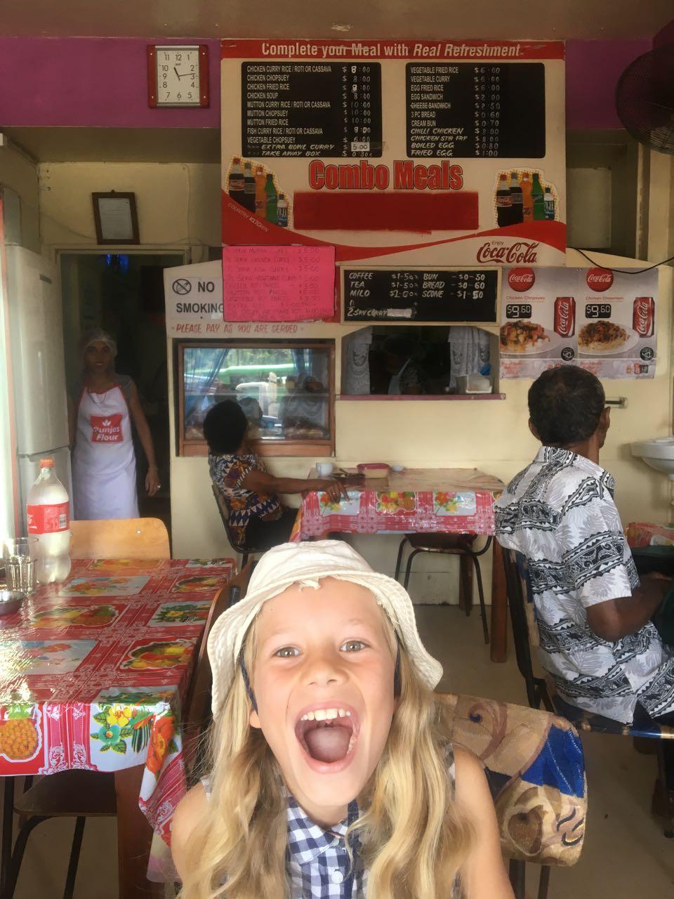 Paula in der Country Kitchen in Savusavu
