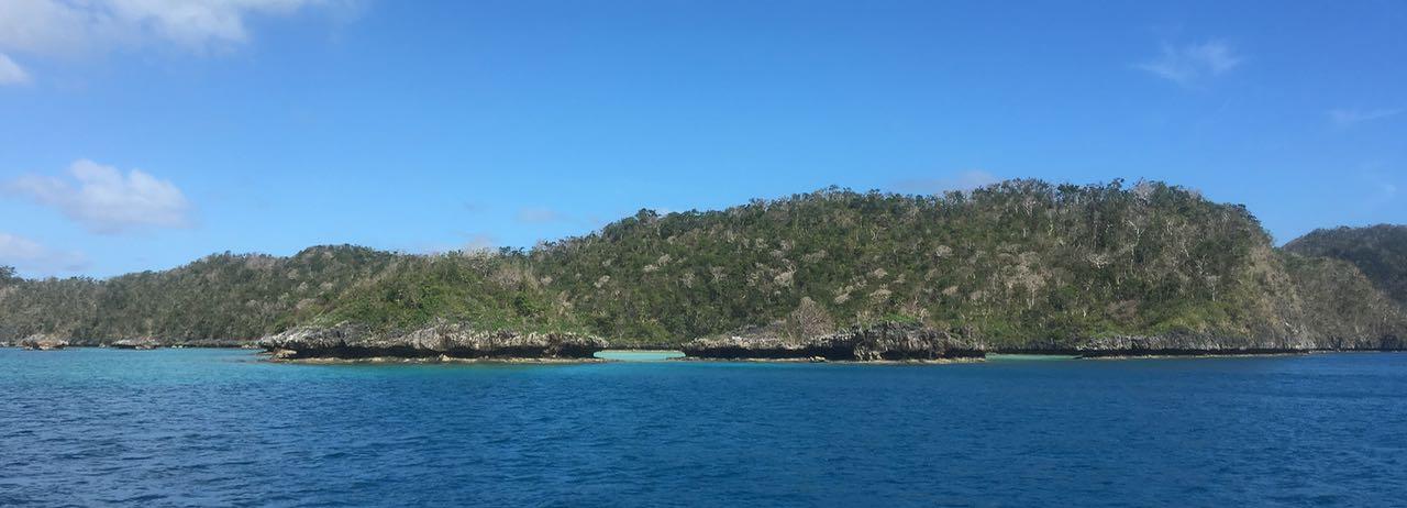 Die sehr markanten Kalksteininseln von Vanuabalavu