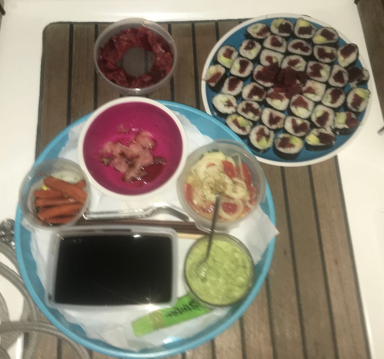Sushi an Bord der hapa na sasa, mal wieder ein Hochgenuss