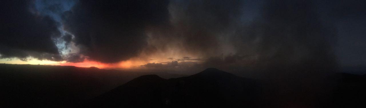Zwar nur der Sonnenaufgang in Tanna Vanuatu, aber auch schön